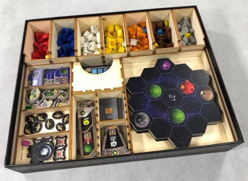 Geekmod - Drewniany insert pasujący do gry Projekt Gaja